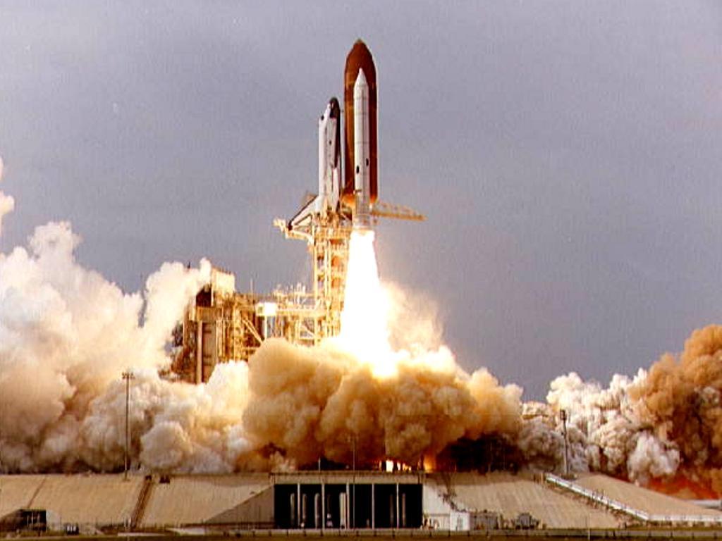 future rocket taking off - HD1024×768